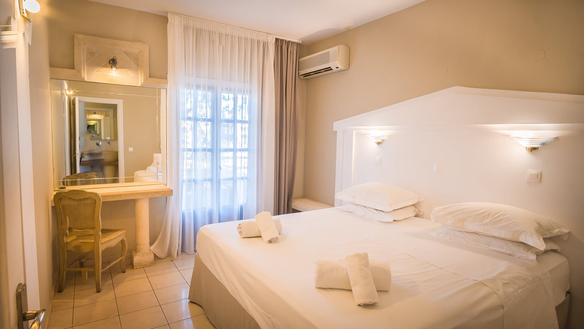 Parthenis Hotels and Suites